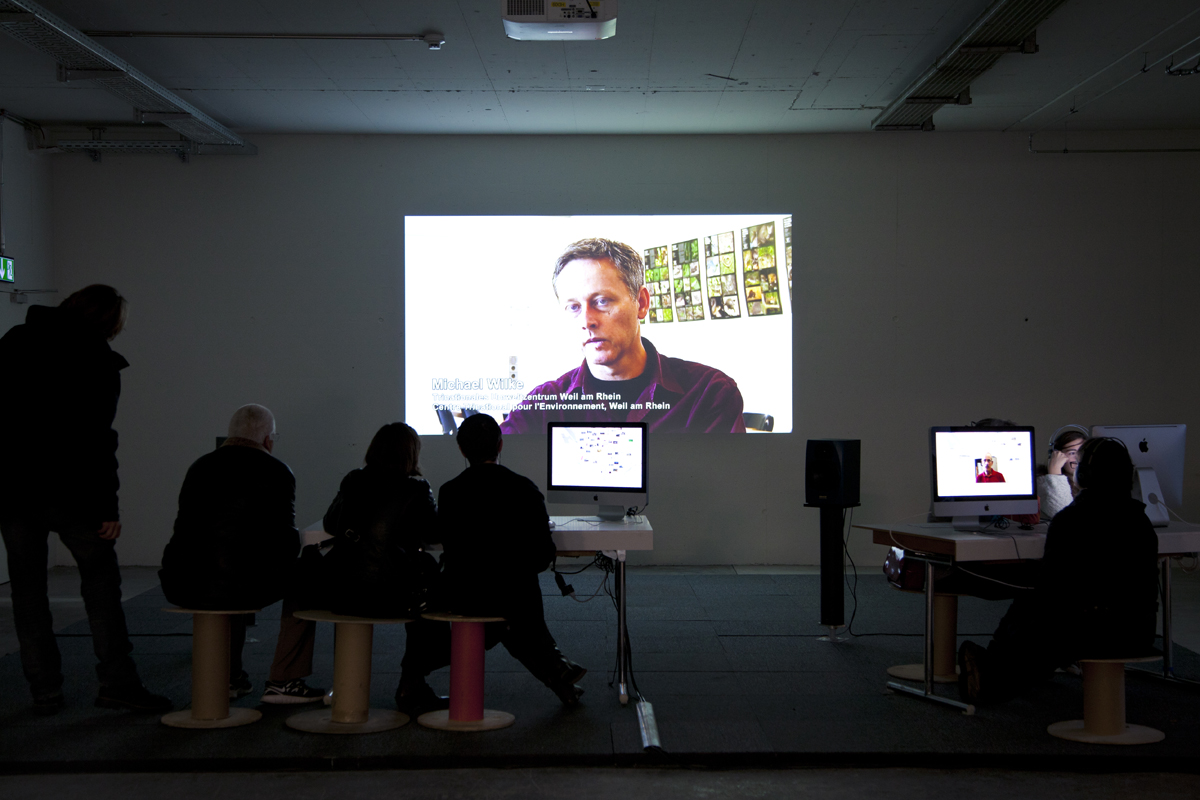 Fig. 8  RhyCycling – Fluid Borderland, 2012, RhyCycling team, exhibition view (detail), © Ketty Bertossi. Legend: Exhibition view of RhyCycling – Fluid Borderland, interactive computer platform with projection (left) and in monitor mode (right).