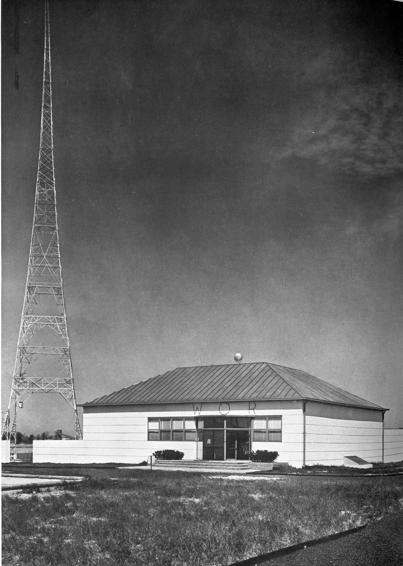 Fig. 5. Voorhees, Gmelin and Walker, WOR, Radio Transmitting Station, Carteret, N.J., 1935, as published in American Architect 146, n. 2634 (June 1935): 68-76. View.